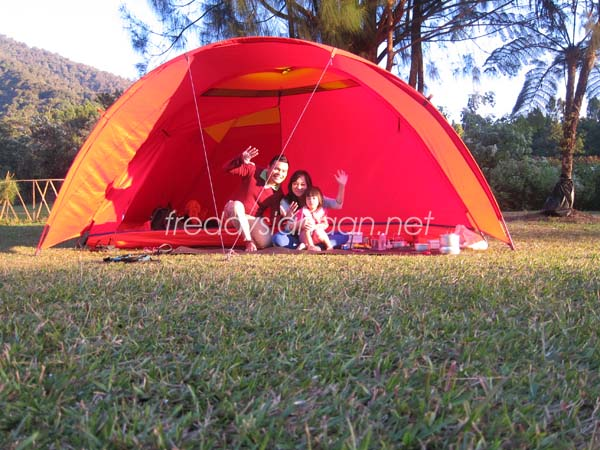 Family Camping (2)