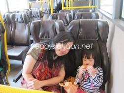 Bus menuju Legoland